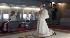 the-young-pope-canal-il-y-aura-bien-une-saison-2-71f8368cb330b4490-612x340.jpeg