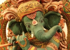 Ganesh-playing-the-flute.jpg