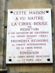 Plaque_commémorative_apposée_sur_la_maison_d'Henri_Dunant_à_Genève.JPG
