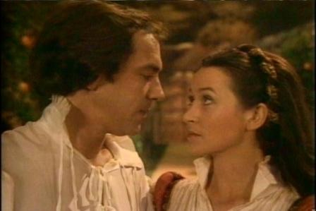 Robert Lindsay and Cherie Lunghi.jpg